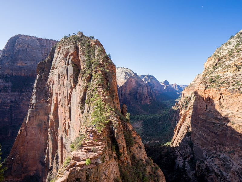 best day hikes in the world